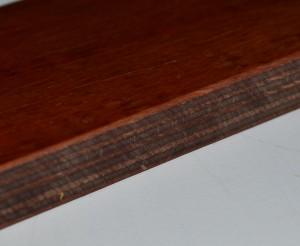 Kugelsicheres Holz